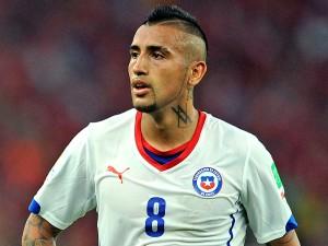 Arturo Vidal s'est tatoué le logo Vicomte Arthur dans le cou!